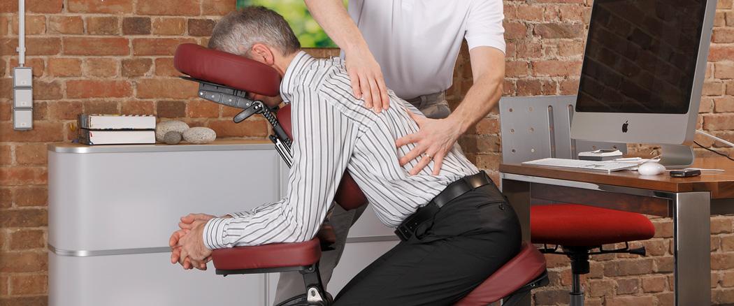 Foto Massage im Büro